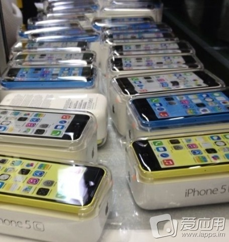 Yellow, Blue and White iPhone 5C