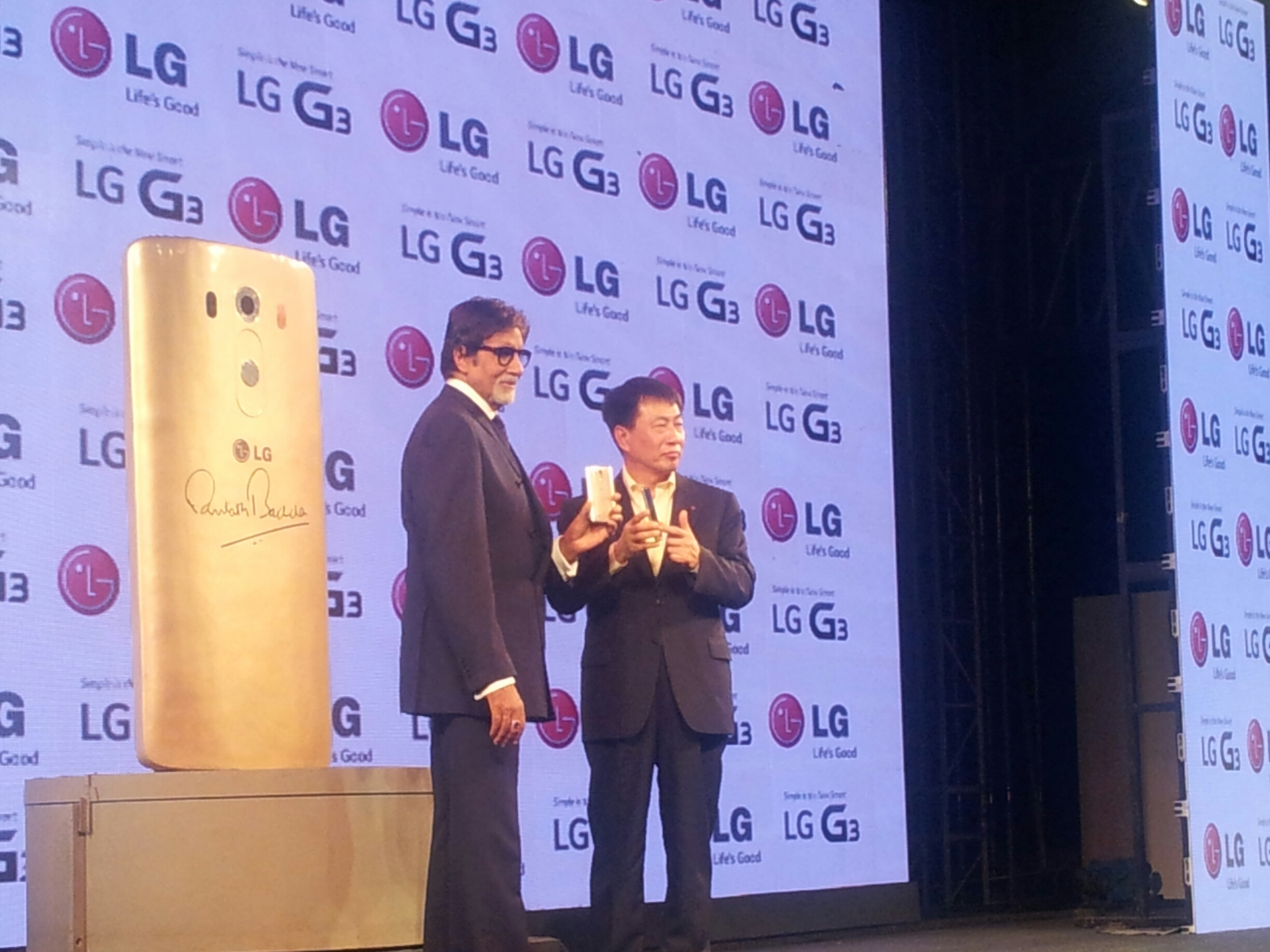Big B with Lg G3